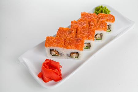Заказать суши в Новосибирске, доставка суши на дом, круглосуточно